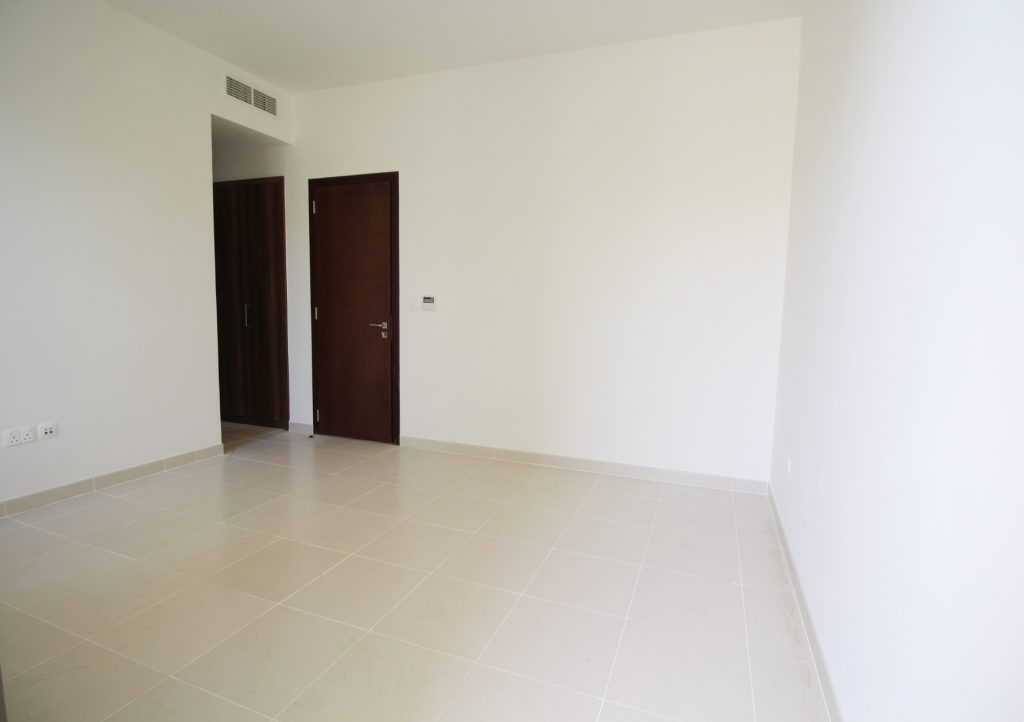 Type D, 3 Bedroom Townhouse + Maid's , Single Row 15