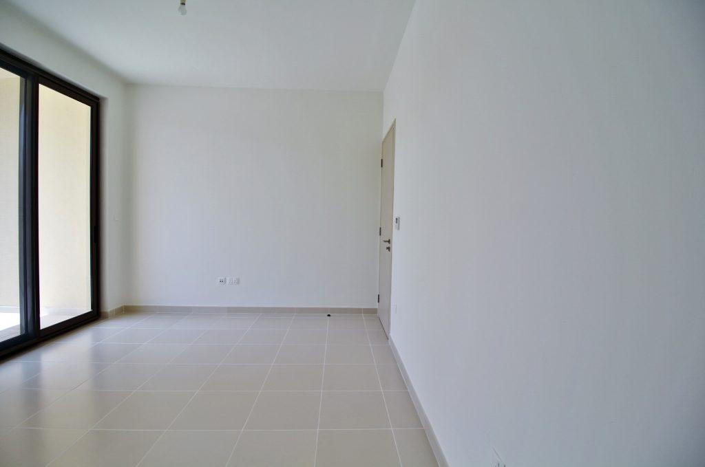 Single Row, Type C, 3 Bedroom Townhouse + Maids 10